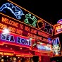 Leave the music, the entertainment to one side, Pattaya is a also a gastronomic delight. Filled with multiple restaurants serving up some of the best seafood you will ever experience the place is a Gourmet's (& Gourmand's) delight